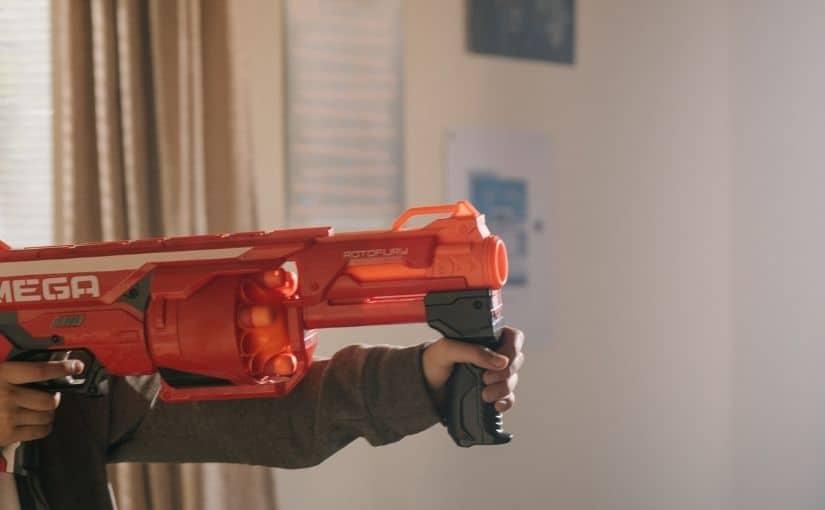 cadouri de craciun pentru copii pistoale